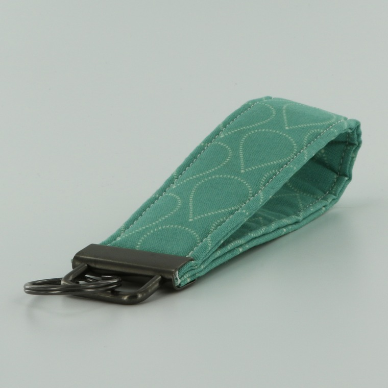fabric-wristlet-tutorial-pic-13